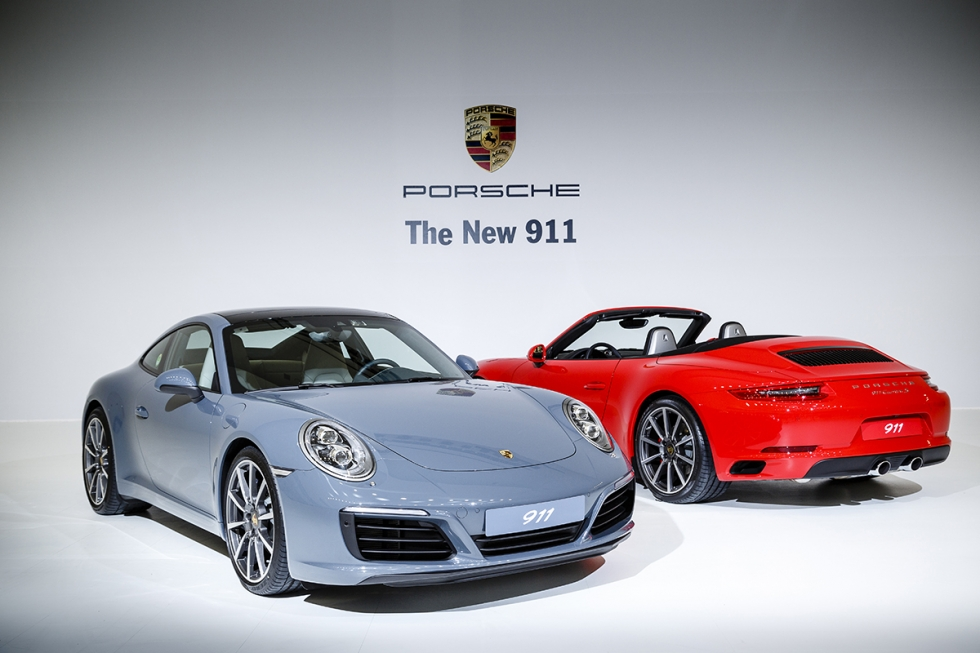 """[이달의 차] 포르쉐 911, """"영원한 스포츠카의 아이콘"""""""